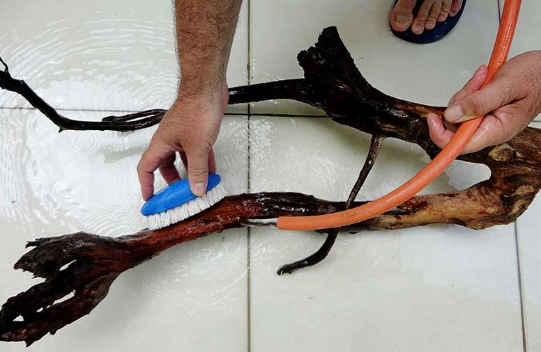 Как сделать корягу своими руками